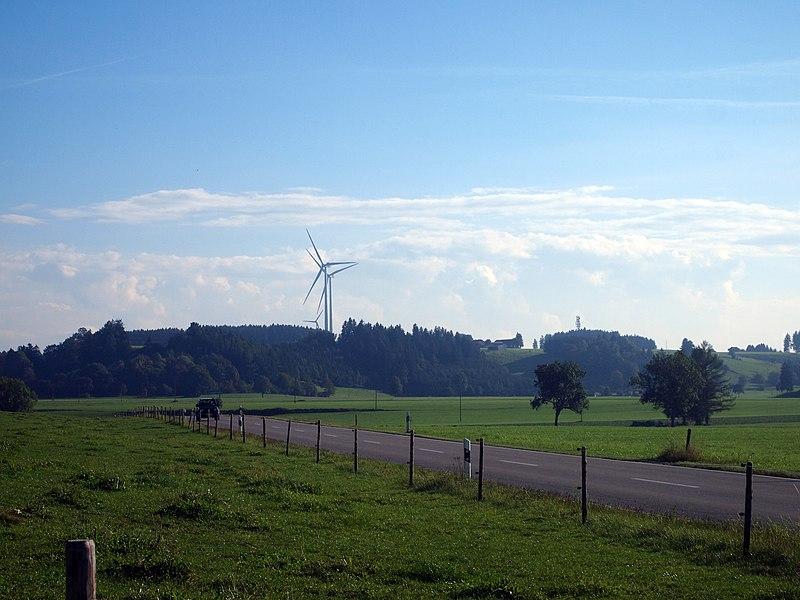 File:Windräder bei Salenwang.jpg
