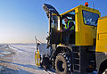 Winter Operations @ Brussels Airport January 2013 (8386377781).jpg