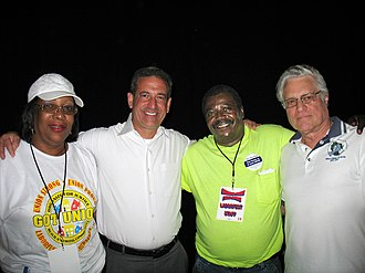 Russ Feingold - Feingold with labor leaders in Milwaukee, Wisconsin, September 1, 2008.