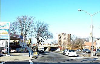 Woodhaven and Cross Bay Boulevards - Image: Woodhaven Blvd Myrtle jeh