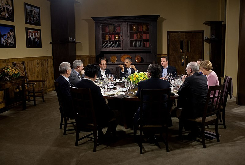 File:Working dinner during G8 summit May 18, 2012.jpg