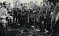 Wykład ppor. Felsztyńskiego z 1 puł LP o maskach przeciwgazowych, 1916.jpg