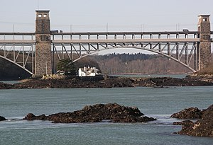Ynys Gored Goch - Ynys Gored Goch lies in the Swellies close to the Britannia Bridge over the Menai Strait.
