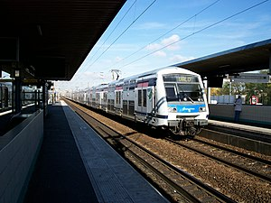 Val de Fontenay Station - Z22500 entering station en route to Villiers-sur-Marne