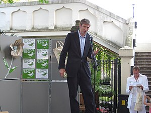 Zac Goldsmith - Goldsmith campaigning at a green rally outside Kew Gardens Tube Station at Kew, London in June 2008.