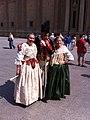 Zaragoza - Turistas y Figurantes vestidos de soldados de la Guerra de la Independencia 04.jpg