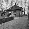 Zijstraatje van de Brink, achter oneven nummers Ockhuizenweg, voor- en zijgevel - Haarzuilens - 20099426 - RCE.jpg