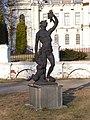 Петровско-Разумовское. Статуя Осень.JPG