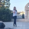 אליאנה תדהר, בהופעה בעיר כפר סבא.png
