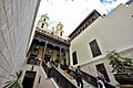 الكنيسة المعلقة بمجمع الاديان.jpg