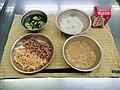 北九州市の給食を再現したもの 02.jpg