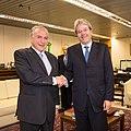 05-11-2015 Vice-presidente Michel Temer recebe Paolo Gentiloni, Ministro dos Negócios Estrangeiros e da Cooperação Internacional da Itália. (22411841569).jpg