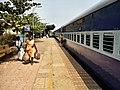 10104 (MAO-CSTM) Mandovi Express 01.jpg