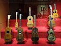 135 Museu de la Música, guitarres.jpg