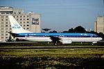 145an - KLM Boeing 737-8K2, PH-BXF@CDG,11.08.2001 - Flickr - Aero Icarus.jpg