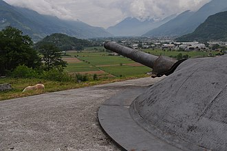 Fort Montecchio-Lusardi - One of the French 149 mm guns in the fort.