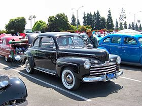 1946 Ford coupe 2.jpg