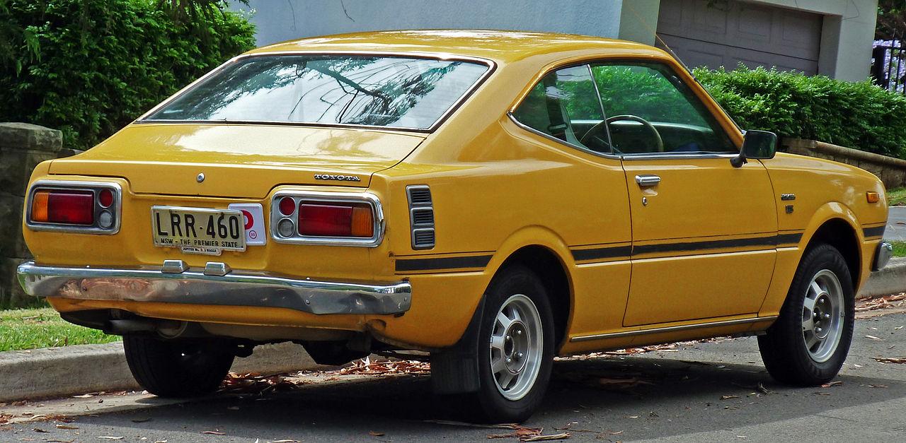 file 1976 1978 toyota corolla ke35r cs coupe 2010 12 17 wikimedia commons. Black Bedroom Furniture Sets. Home Design Ideas