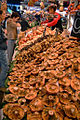 2005-10-29 market stall with Lactarius deliciosus.jpg