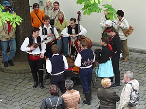2008 May Day at Špilberk (3).jpg