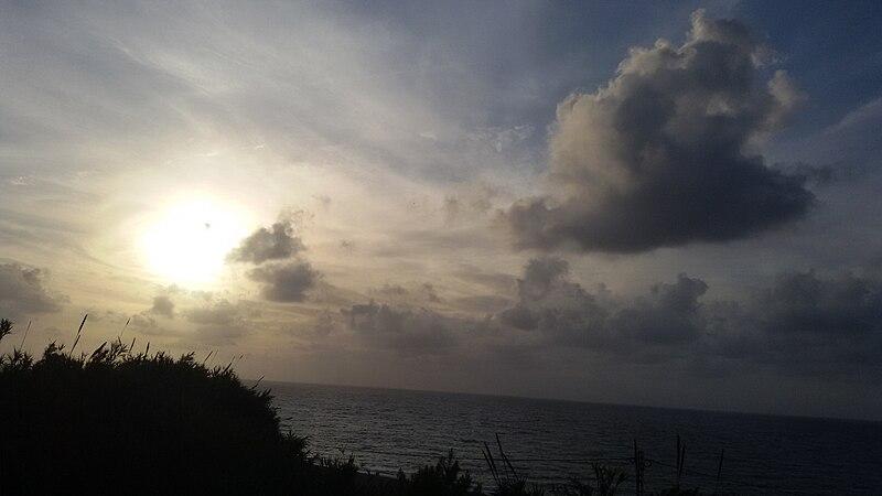 File:20150814 185437(1)غروب الشمس.jpg