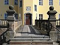 20160316420DR Langburkersdorf (Neustadt) Rittergut Schloß Portal.jpg