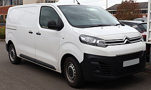 2017 Citroen Dispatch 1400 2.0 Front.jpg