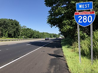 Interstate 280 (New Jersey) - I-280 westbound past CR 527 in Roseland