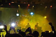 3BallMTY live at Mexico City.