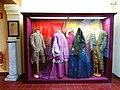 623 Casa Museu Benlliure (València), vestits dels models dins l'estudi del pintor.jpg