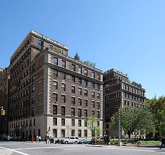 Mott B. Schmidt - Image: 655 Park Avenue 001