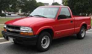 Chevrolet S-10 - Image: 98 04 Chevrolet S 10