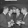 ANWB-prijs 1962 voor Wim Alinge , George Sluizen , Philip Bloemendaal en Jac., Bestanddeelnr 914-0276.jpg