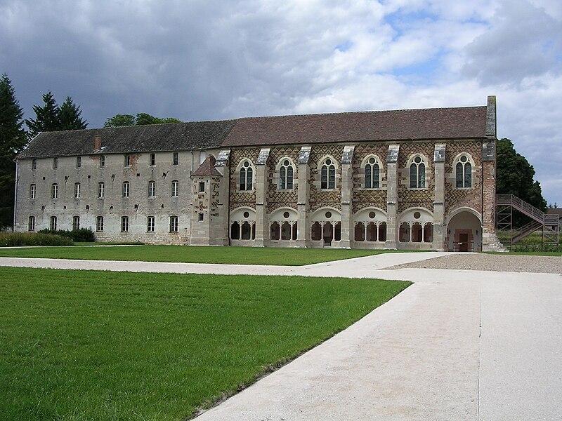 File:Abbaye de Cîteaux La Bibliothèque.JPG