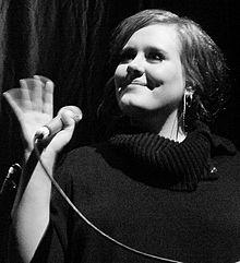 Adele - Live 2009 (2) cropped.jpg