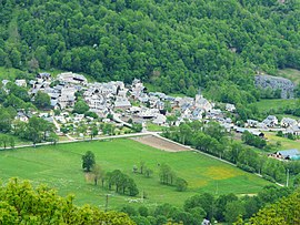 The village of Adervielle