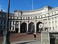 Admiralty Arch, London 04.jpg