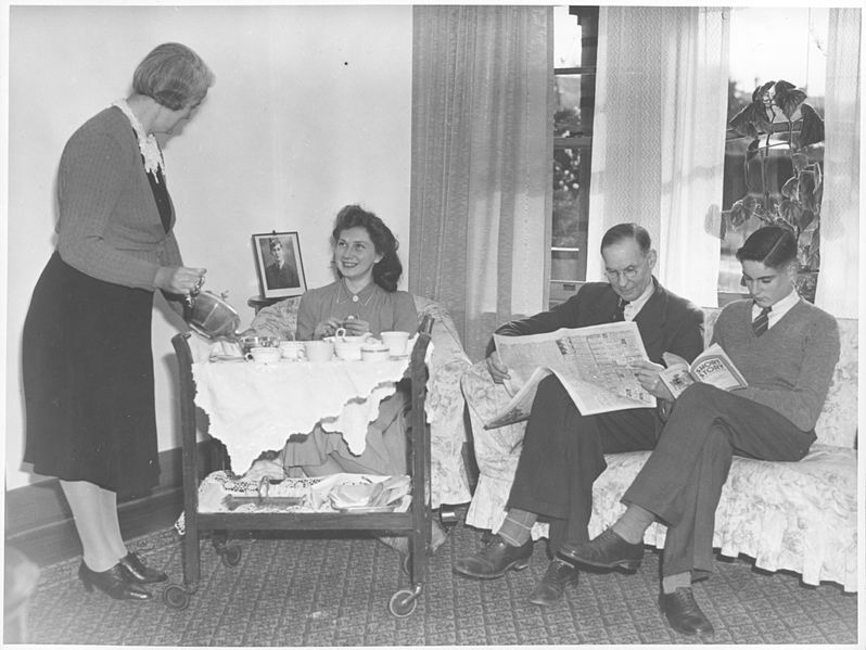 File:Afternoon tea with the Hamley family and visitor June Wellwood, Drouin, Victoria (6173553009).jpg