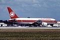 Air Canada Boeing 767-233ER (C-FBEF 250 24323) (8464769044).jpg