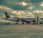 Airbus A320-214 cn 1121.jpg
