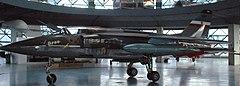 Airplane J-22 orao.JPG
