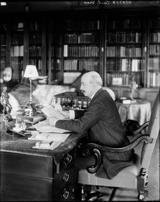 Albert Grey, 4th Earl Grey - Grey in the governor general's office at Rideau Hall, Ottawa