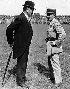 Albert Lebrun, René Fonck, 1918.jpg