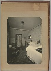 Album of Paris Crime Scenes - Attributed to Alphonse Bertillon. DP263778.jpg