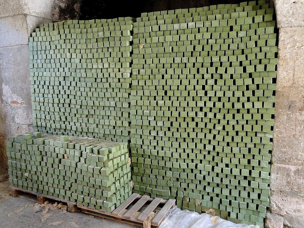 Aleppo soap 03.jpg