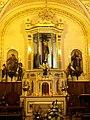 Altar en la capilla de San Miguelito - panoramio.jpg