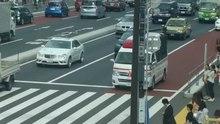 Datei:Krankenwagen - Tokyo area - 2016-9-10.webm