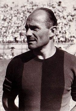 Amedeo Biavati 1946 (cropped).jpg