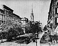 Amerikanischer Photograph um 1865 - Fifth Avenue nördlich der 27th Street (Zeno Fotografie).jpg