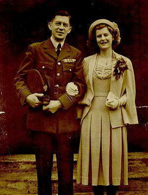 Antoni Janusz - Antoni Janusz with his wife, Jean Oilier, in the year 1949.